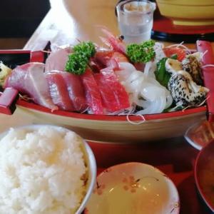 おじさんが愛した…㉝魚屋の食事処うおたみのうおたみ定食❣️