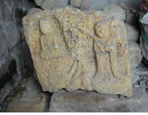 大河・かこがわ(168) 中世の石造物(10)・双石仏と四尊石仏残欠