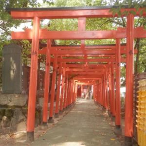 加古川町旧鳩里村探検(32) 粟津(5) 粟津神社境内の稲荷神社の創建は不明