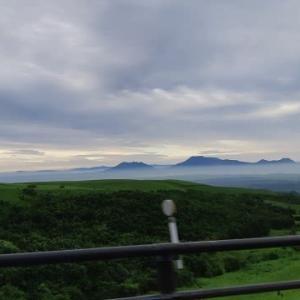 星生山~扇ヶ鼻のミヤマキリシマ