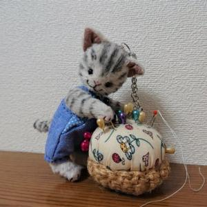 生徒さんの作品 オーバーオールのネコちゃん