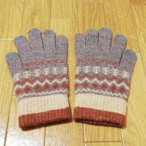 300円ショップ3COINSで可愛いスマホ対応手袋を購入