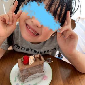 ケーキぺろり♪