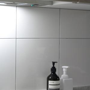 シンクに置くのはこの3つだけ!真っ白 シンプルな買って正解の泡ソープボトル