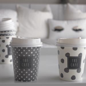 おうちでカフェ気分!北欧好きさんに嬉しいダイソーの断熱紙コップ