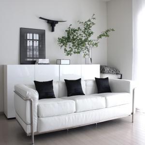 楽天で家具を買いました!ホワイト×大理石調の美しいキャビネット(楽天スーパーセール開催中)