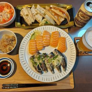 魚屋自慢のお寿司 (イオンモールナゴヤ(バンテリン)ドーム前) ~ いわし、サーモン、穴子 ~