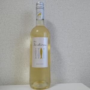 集魚板ラベルの白ワイン!