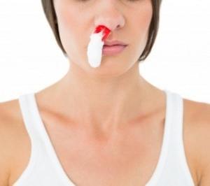 鼻血の止血