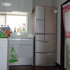 冷蔵庫の納入