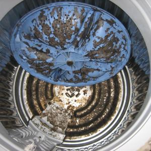 穴なし洗濯槽にも限界あり。