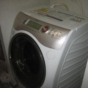 カビの生えたドラム式洗濯機