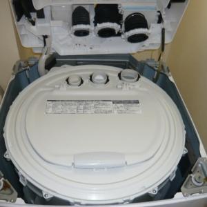5年使用の東芝縦型洗濯機の分解クリーニングです。