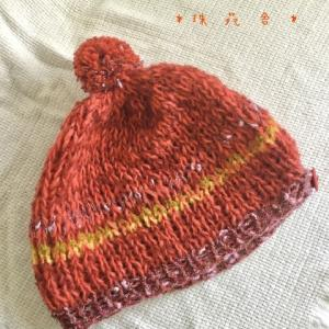 毛糸のキットから 作ってみた!赤いニット帽子