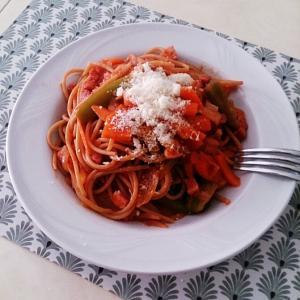 本格的なイタリア食材でおうちナポリタン