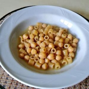 ひよこ豆の水煮のパスタ