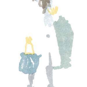 紺のバッグの白いコートのおねえさん