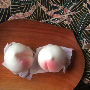 桃の蒸し菓子と『ももたろう』
