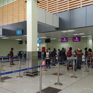 意外にもイマどき風なゴロカ空港《パプアニューギニア旅行記27》