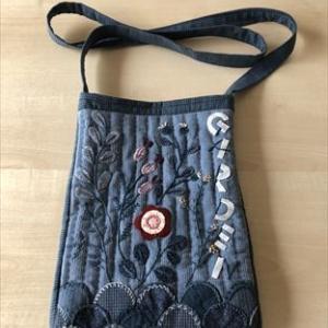 素敵な刺繍のショルダーバッグ*5色のおもちゃ