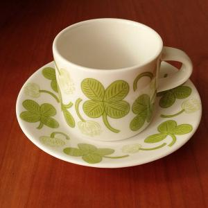 ついに買ってしまった!APILAのカップ&ソーサー、めっちゃ素敵です!