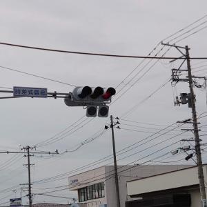 奇妙な信号機(灯器)の組み合わせ