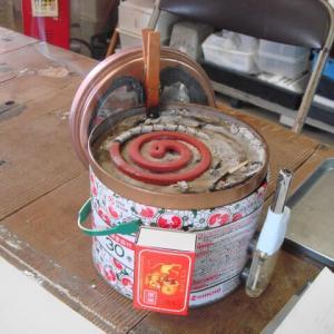 迷彩防衛装備蚊取缶