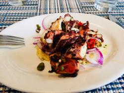 ギリシャ料理でビジネスランチ