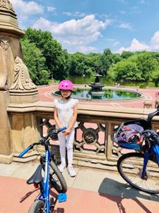 セントラルパークでサイクリング