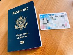ちびらのパスポートブックとパスポートカード