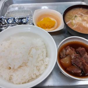 一休食堂は品川の肉料理等が安くて美味しいディープな人気店
