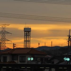 黄昏の空と雲の変遷