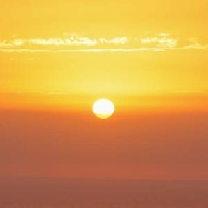 熱海沖の日の出