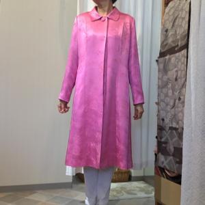 ピンクの着物はさすがに抵抗ありますが、洋服になったら‥‥