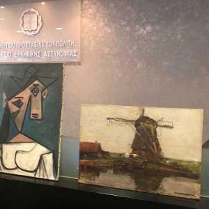 ピカソとモンドリアンの盗難画