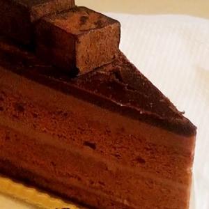 ショコラケーキでグルメエクササイズ