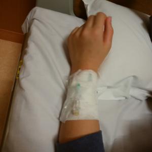 入院、延長。点滴、頑張りました。