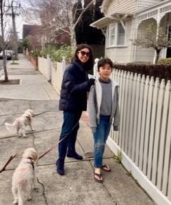 ゆったり楽しい家族散歩👨🏻🦱👩🏻👦🏻🐶🐶
