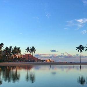 ワイキキビーチで痛い砂浜?