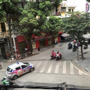 ベトナム・ハノイの朝
