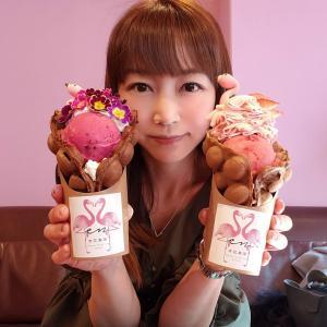 ピンク&お花のフラミンゴが可愛すぎ!!もちもちバブルワッフルのフラミンゴパフェ♡京花果茶圓