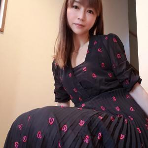 大人可愛い♡サワアラモードの赤いハート刺繍のチュールワンピース
