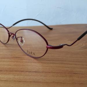 Hさん曰く「他のメガネは掛けられない!」という掛け心地のフレーム
