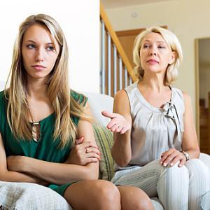 嫁姑問題は離婚の引き金に。