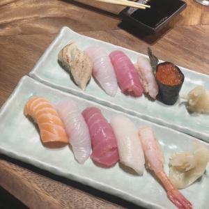 お得なお寿司セットとハロウィン準備。