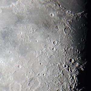 月面中央付近
