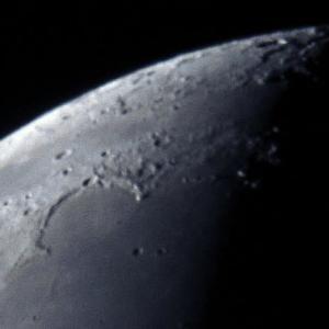 月面北部の拡大