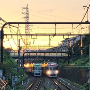 【鉄道スケッチ】京王井の頭線と夕陽の風景