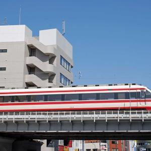 【鉄道スケッチ】青空の下を走る東武特急「りょうもう」号!