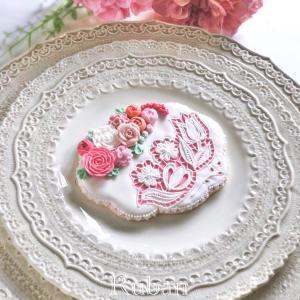 繊細で華やかなカットワーク刺繍&お花絞りレッスンを受講しました